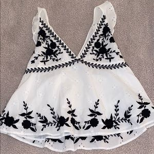 Zara Embroidered Tank Size Small